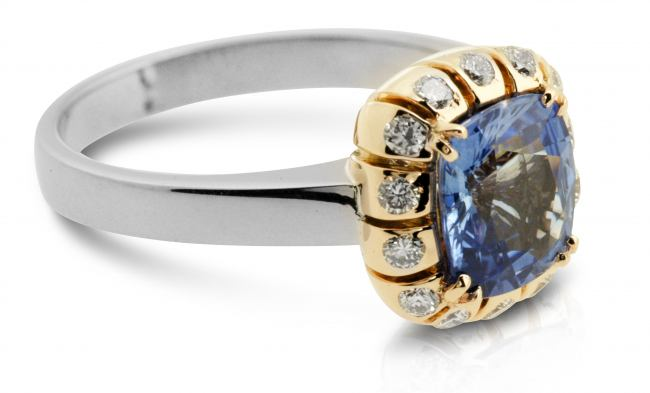 thumbnail for Ceylon Sapphire diamond dress ring